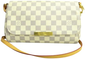 2b60fa4447449 Louis Vuitton Louise Shoulder Bags - Up to 70% off at Tradesy