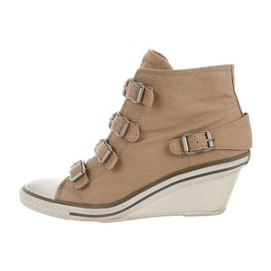 9845bef67efd Beige Ash Wedges - Up to 90% off at Tradesy