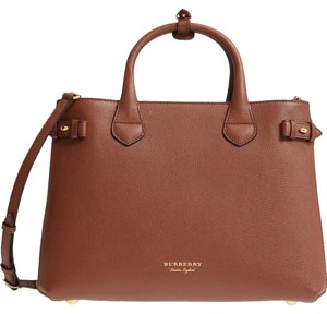Burberry Satchel in Tan