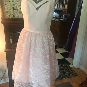 Allure Bridals Baby Pink Lace Bottom Style Number 5808 From Modern Bridesmaid/Mob Dress Size 8 (M)
