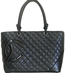 Chanel Tote in black, pink interior