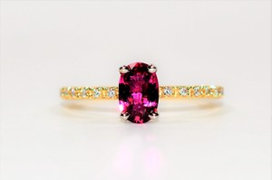 Blood Red Certified 1.57tcw Ruby Diamond 18kt Yellow Gold Engagement Ring