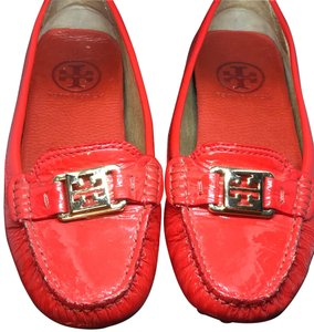 a30ae77e214e Tory Burch Loafers - Up to 70% off at Tradesy (Page 2)