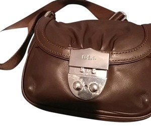 Ralph Lauren Cross Body Bags - Up to 90% off at Tradesy b653e85cd20ad
