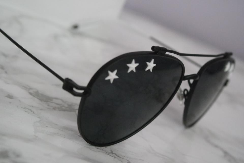 3b627f082fbef Givenchy NEW Givenchy 7057 S Stars Black Aviator Sunglasses Image 10.  1234567891011