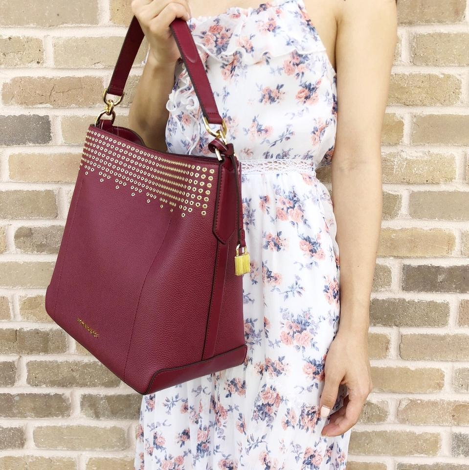 390b85267cb305 Michael Kors Hayes Large Bucket Mulberry Burgundy Ballet Pink ...