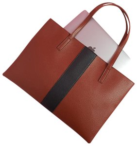 Vince Camuto Tote in brown