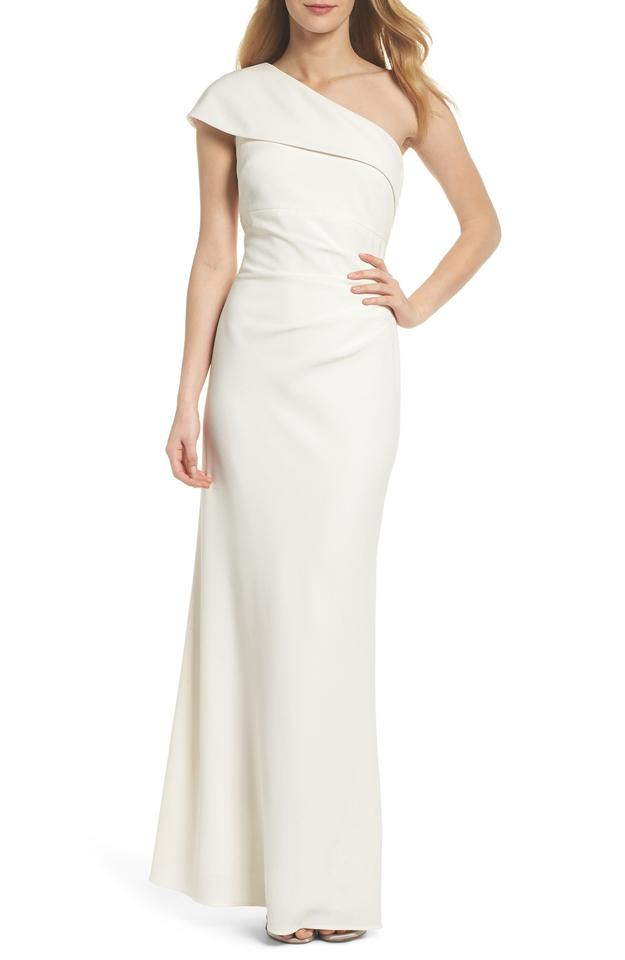 Vince Camuto Cream One Shoulder Crepe Gown Long Formal