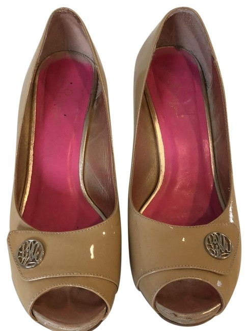 Lilly Pulitzer Shoes on Sale - Up to 70