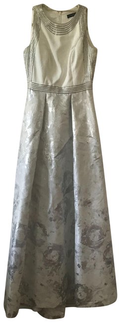 Item - White Silver Brocade And Long Formal Dress Size 2 (XS)