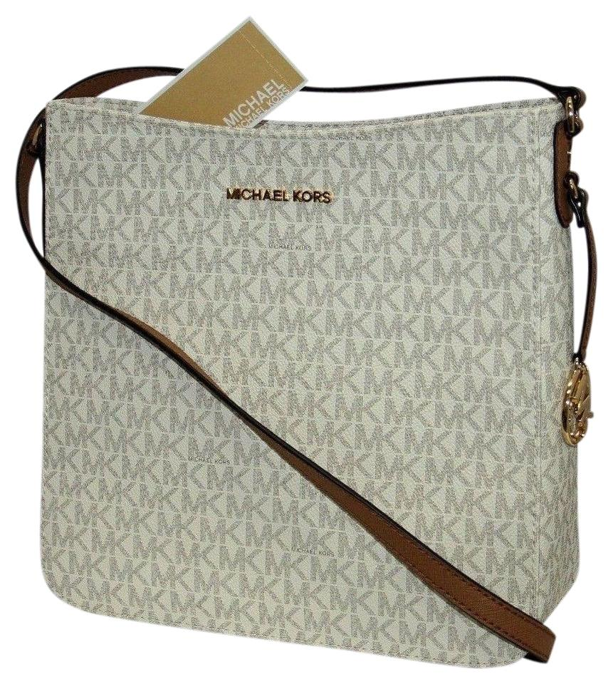 c6d85368efb8 Michael Kors Jet Travel Crossbody Beige Crossbody Bags Vanilla Messenger Bag  Image 0 ...