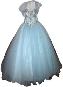 Madeline Gardner New York Sweet16 Quinceanera Gown Ball Gown Dress