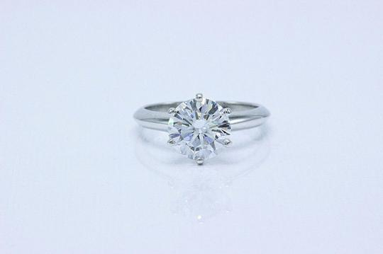 Tiffany & Co. D Vvs1 Round Brilliant Diamond 2.01 Cts Platinum Engagement Ring Image 6