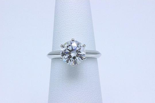 Tiffany & Co. D Vvs1 Round Brilliant Diamond 2.01 Cts Platinum Engagement Ring Image 7