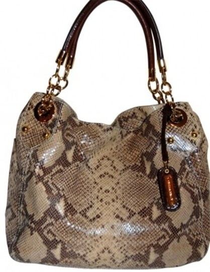 Preload https://item3.tradesy.com/images/cynthia-rowley-fabulous-print-everyday-snakeskin-leather-shoulder-bag-23917-0-0.jpg?width=440&height=440