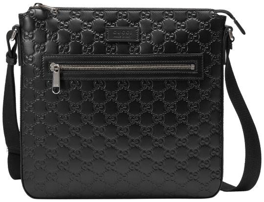 Preload https://item4.tradesy.com/images/gucci-black-guccissima-leather-messenger-bag-23917138-0-1.jpg?width=440&height=440