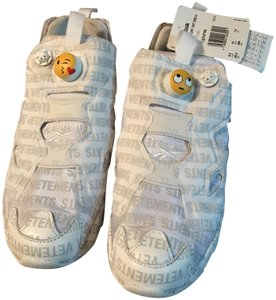 Vetements White with logo and emoji Athletic