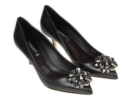 Preload https://img-static.tradesy.com/item/23917237/dolce-and-gabbana-in-black-leather-with-crystals-pointed-toe-pumps-size-us-9-regular-m-b-0-0-540-540.jpg