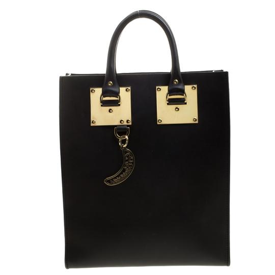 Preload https://img-static.tradesy.com/item/23917242/sophie-hulme-albion-black-leather-tote-0-0-540-540.jpg