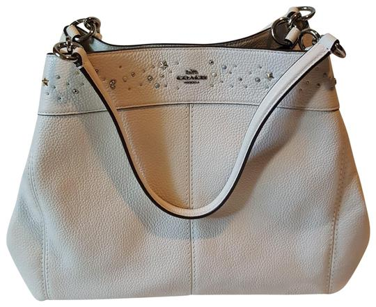 Preload https://item2.tradesy.com/images/coach-with-tag-shoulder-retail-white-leather-tote-23917291-0-1.jpg?width=440&height=440
