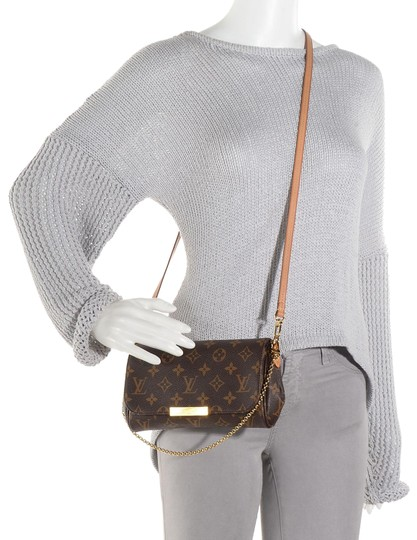 Preload https://item1.tradesy.com/images/louis-vuitton-favorite-pm-monogram-brown-canvas-cross-body-bag-23917365-0-1.jpg?width=440&height=440