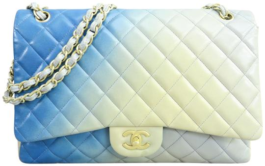 Preload https://item5.tradesy.com/images/chanel-single-flap-maxi-ombre-blue-lambskin-leather-shoulder-bag-23917404-0-1.jpg?width=440&height=440