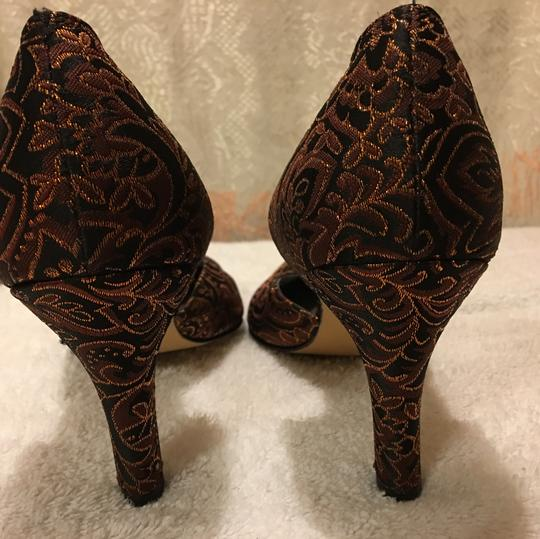 Ros Hommerson Black, Burgundy and Gold Pumps