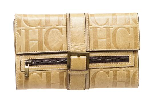 Preload https://img-static.tradesy.com/item/23917451/carolina-herrera-beige-leather-monogram-484974-wallet-0-0-540-540.jpg