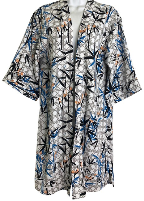 Preload https://img-static.tradesy.com/item/23917510/topshop-blue-gray-orange-geometric-kimono-ponchocape-size-4-s-0-1-650-650.jpg