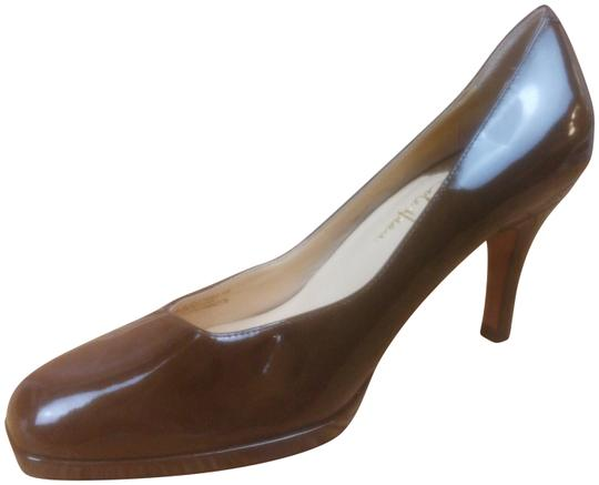 Preload https://item4.tradesy.com/images/cole-haan-nike-air-brown-patent-leather-square-pumps-size-us-9-regular-m-b-23917523-0-1.jpg?width=440&height=440