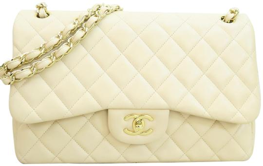 Preload https://img-static.tradesy.com/item/23917562/chanel-double-flap-jumbo-leather-beige-lambskin-shoulder-bag-0-1-540-540.jpg