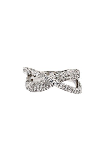 Preload https://item3.tradesy.com/images/silver-intersect-crystal-ring-23917567-0-0.jpg?width=440&height=440