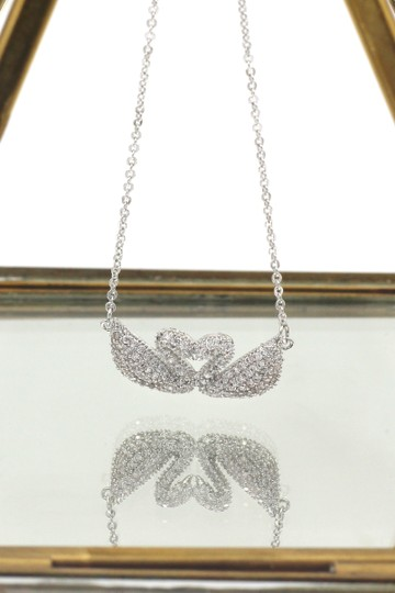 Ocean Fashion Double Swan Crystal Trio Set