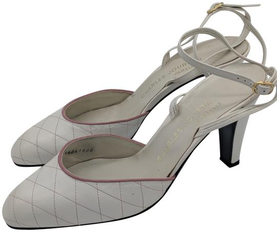 Preload https://img-static.tradesy.com/item/23917618/charles-jourdan-white-vintage-pumps-size-us-8-regular-m-b-0-1-540-540.jpg