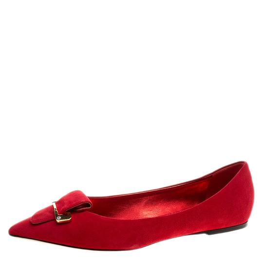 Preload https://item4.tradesy.com/images/le-silla-red-suede-safety-pin-brooch-pointed-toe-ballet-flats-size-eu-40-approx-us-10-regular-m-b-23917673-0-0.jpg?width=440&height=440