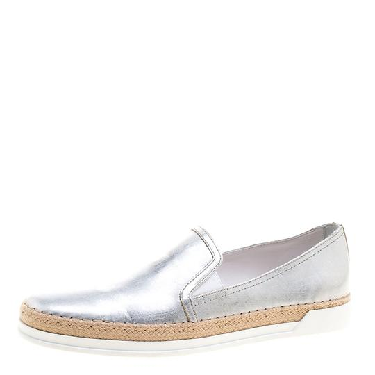 Preload https://item3.tradesy.com/images/tod-s-metallic-silver-leather-pantofola-espadrille-slip-on-sneakers-flats-size-eu-40-approx-us-10-re-23917692-0-0.jpg?width=440&height=440