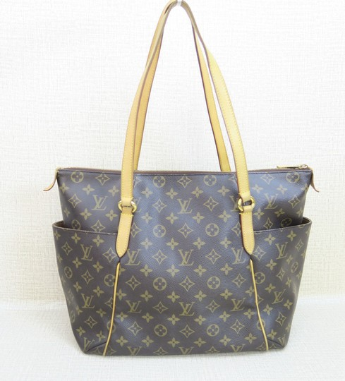Louis Vuitton Totally Lv Shoulder Bag