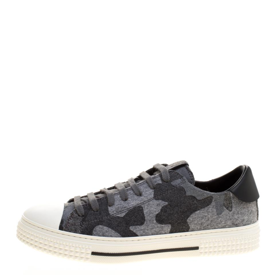 Low Leather Camouflage Grey Top Wool and Flats Valentino Felt Print Sneakers qB0w44P