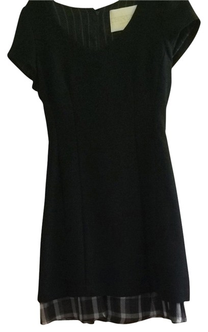 Preload https://img-static.tradesy.com/item/2391832/thread-social-black-with-black-and-white-silk-accent-wool-combo-cocktail-dress-size-2-xs-0-0-650-650.jpg