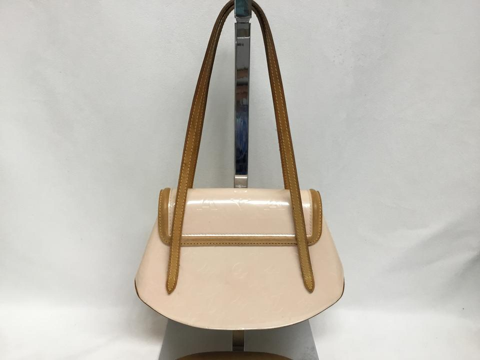 08fdf3d50011 Louis Vuitton Le Vernis Biscayne Bay Pm Marshmallow Patent Leather Shoulder  Bag - Tradesy