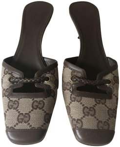 Gucci Vintage Italian Brown, Neutral Mules