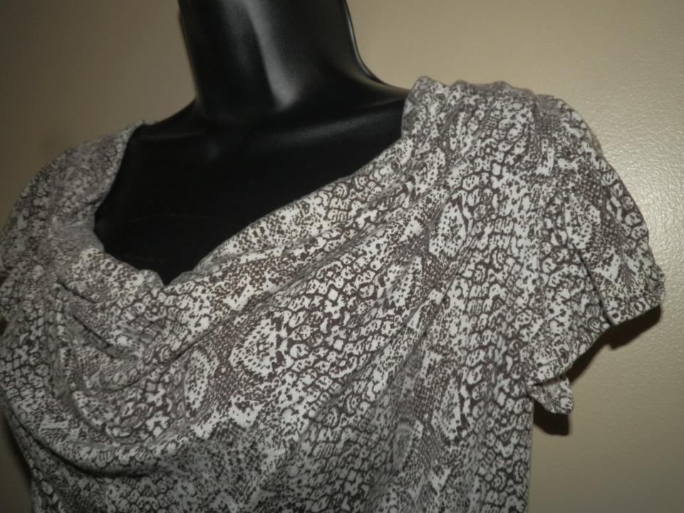 f5f2000a9ffb52 MICHAEL Michael Kors Cowl Neck Short Sleeve Machine Washable Stretchy Top  Brown & White Image 4. 12345