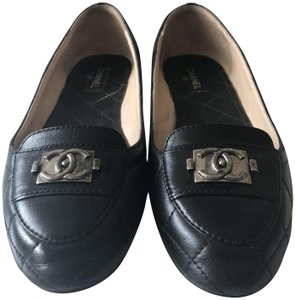 Chanel Loafer Quilted Mocassin Black Flats