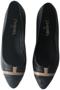 Chanel Ballerina Pointed Toe Black and Beige Flats