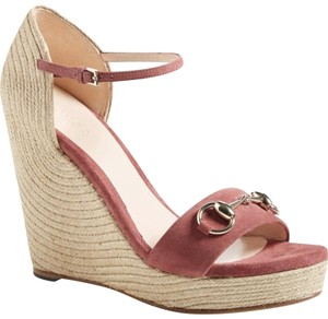 Gucci Maroon Pink Wedges