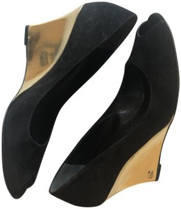Gucci Suede Gold Black Wedges