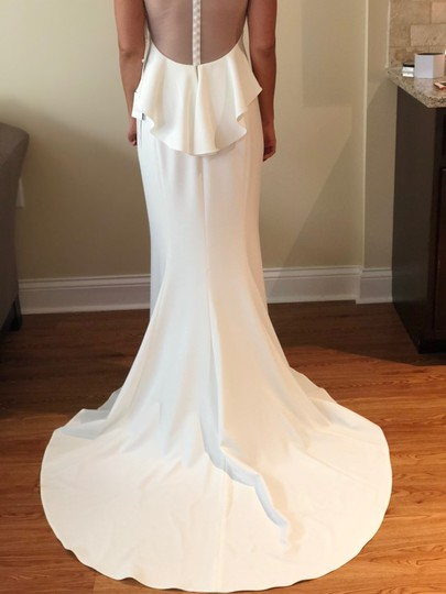 Amsale Ivory Crepe Demi Modern Wedding Dress Size 6 (S)