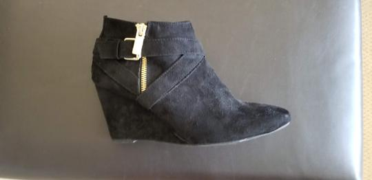 Mossimo Supply Co. Suede Black Wedges Image 4
