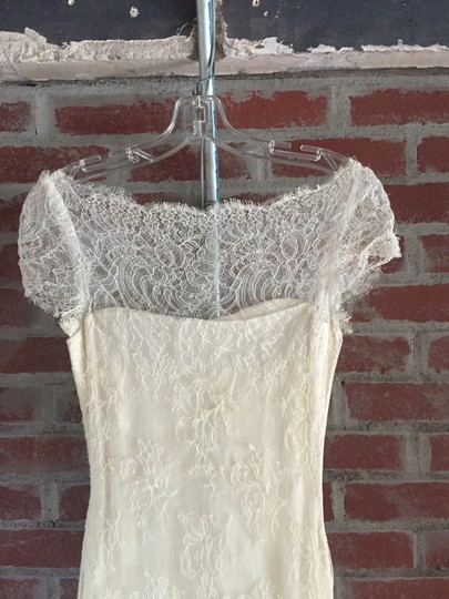 Marchesa Ivory Silke and Lace Mid Length - Feminine Wedding Dress Size 2 (XS) Image 4