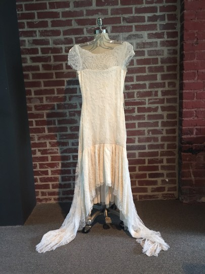 Marchesa Ivory Silke and Lace Mid Length - Feminine Wedding Dress Size 2 (XS) Image 6